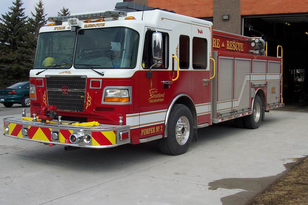 FIRE APPLIANCES FROM AROUND THE WORLD - Canada 11